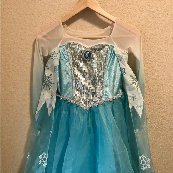 Disney Other   Girls Deluxe Disney Store Edition Elsa Dress!